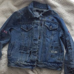Forever 21 jean jacket barely worn